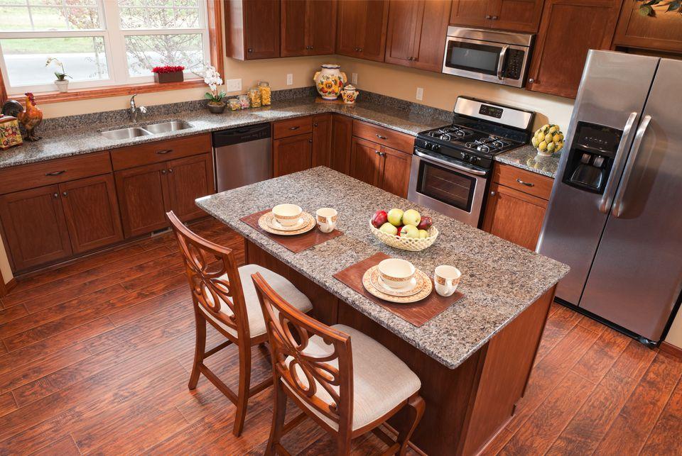 لمینت در آشپزخانه! رویای یک آشپزخانه زیبا با پارکت لمینت های کرونوپل