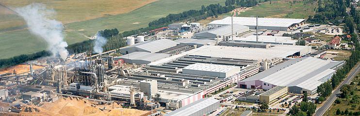 کارخانه عظیم کرونوپل لهستان